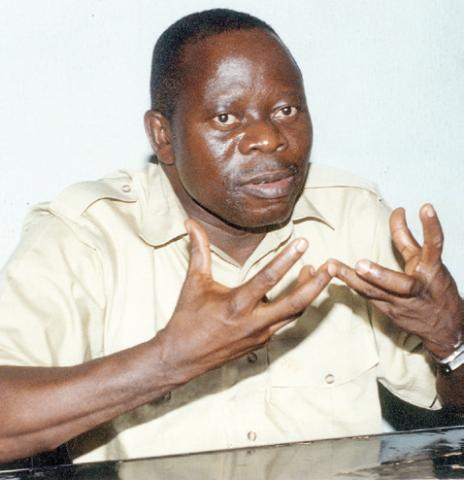 Oshiomhole says Nigerians are faring better under Buhari