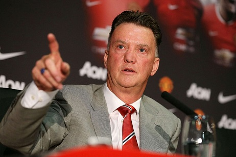 LOUIS VAN GAAL TO SIGN SURPRISE STRIKER