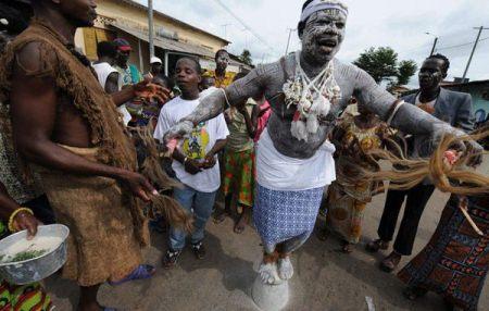 Ondo police arrest masquerade for stabbing man to death