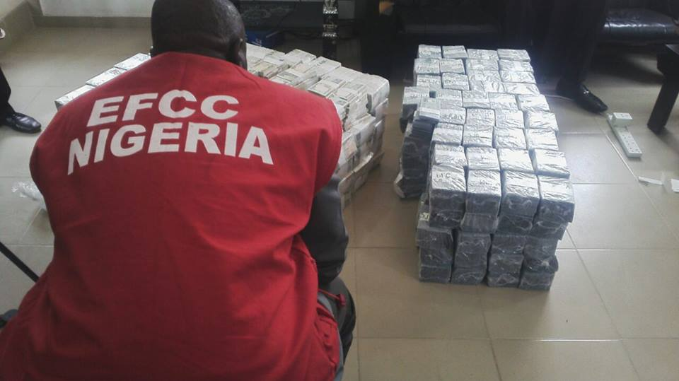 PHOTOS: EFCC intercepts N49m at Kaduna airport