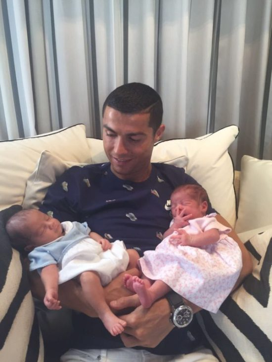 Ronaldo shows off twin baby boys via surrogate