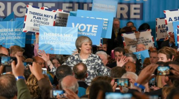 Theresa May survives second vote of no confidence, promises to deliver Brexit
