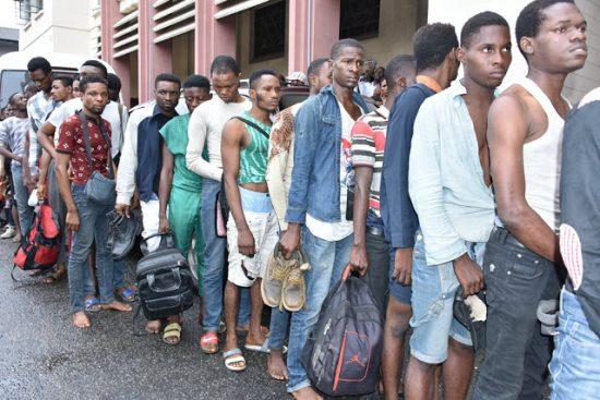Police arrests 57 suspected homosexuals in Lagos