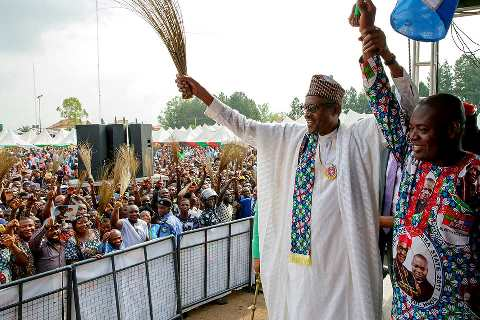Buhari flags off campaign in Uyo, says 'Nigerians have to sweat for a living'