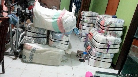 Customs intercept bundles of second-hand clothes in Katsina