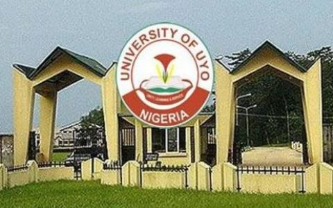 UNIUYO administers physician's oath on 28 medical doctors