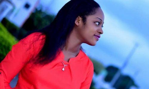 Ooni of Ife unveils and praises new bride